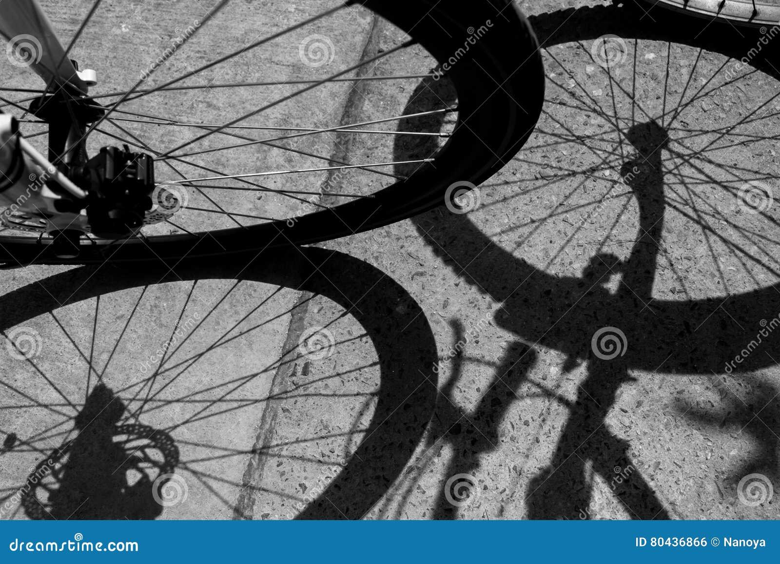 Skugga av cykeln