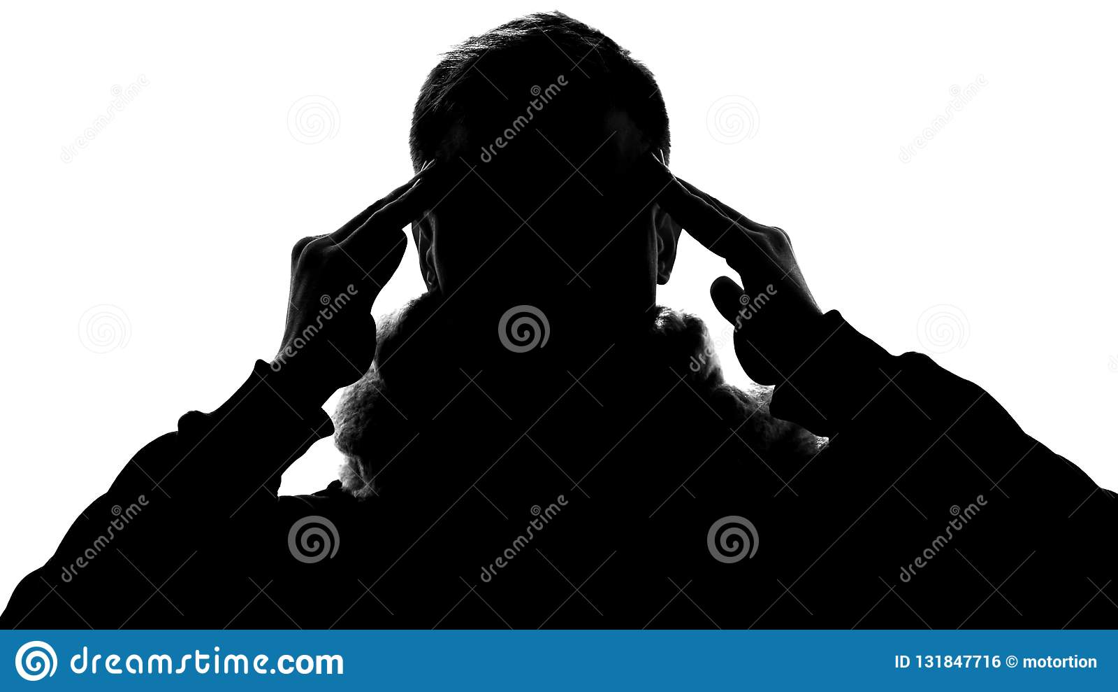 Skugga av gnidande tempel för sjuk man som lider från migrän, huvudvärkbehandling