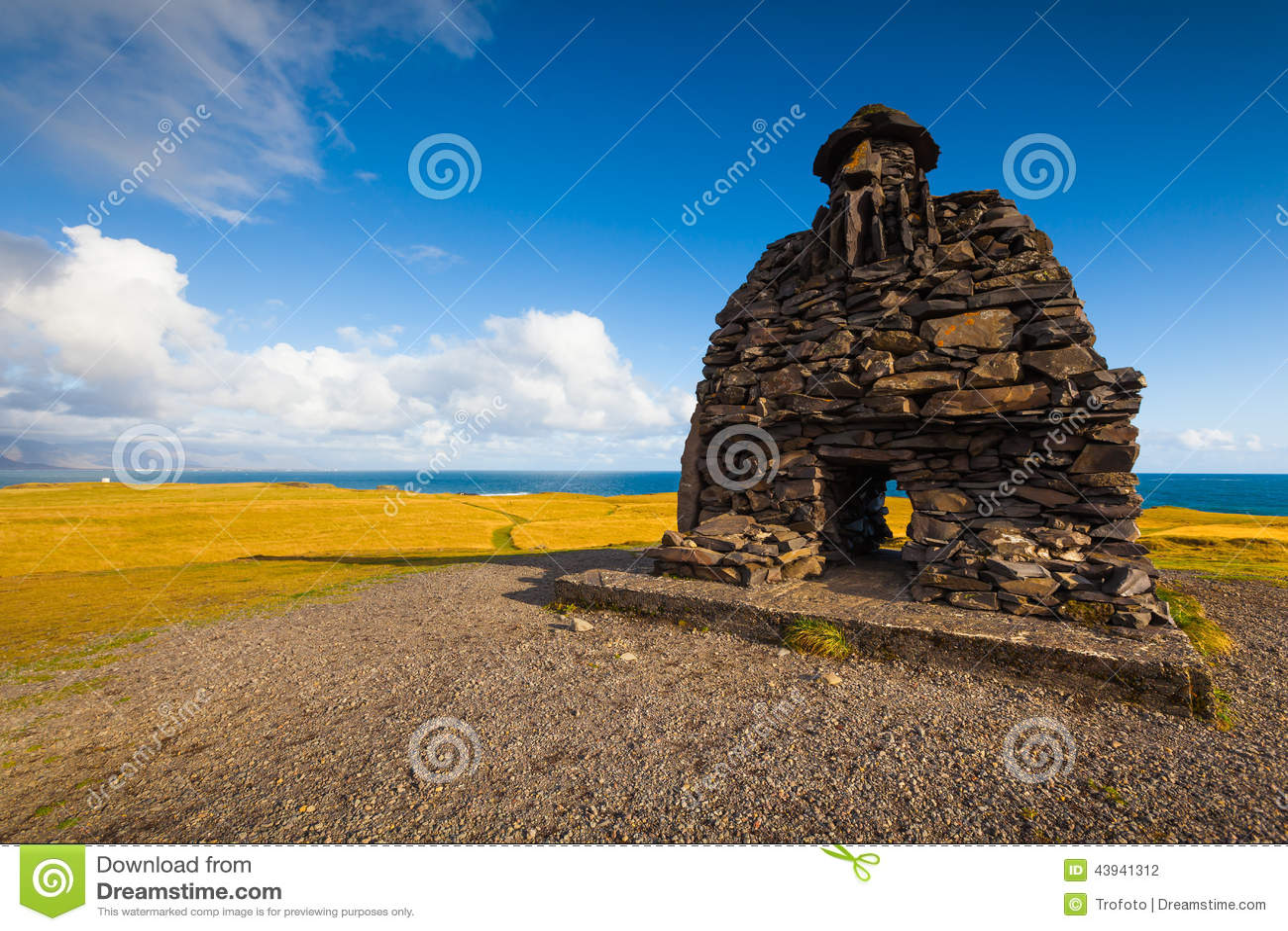 Skulptur av Bardur i den Snaefellsness halvön, västra Island