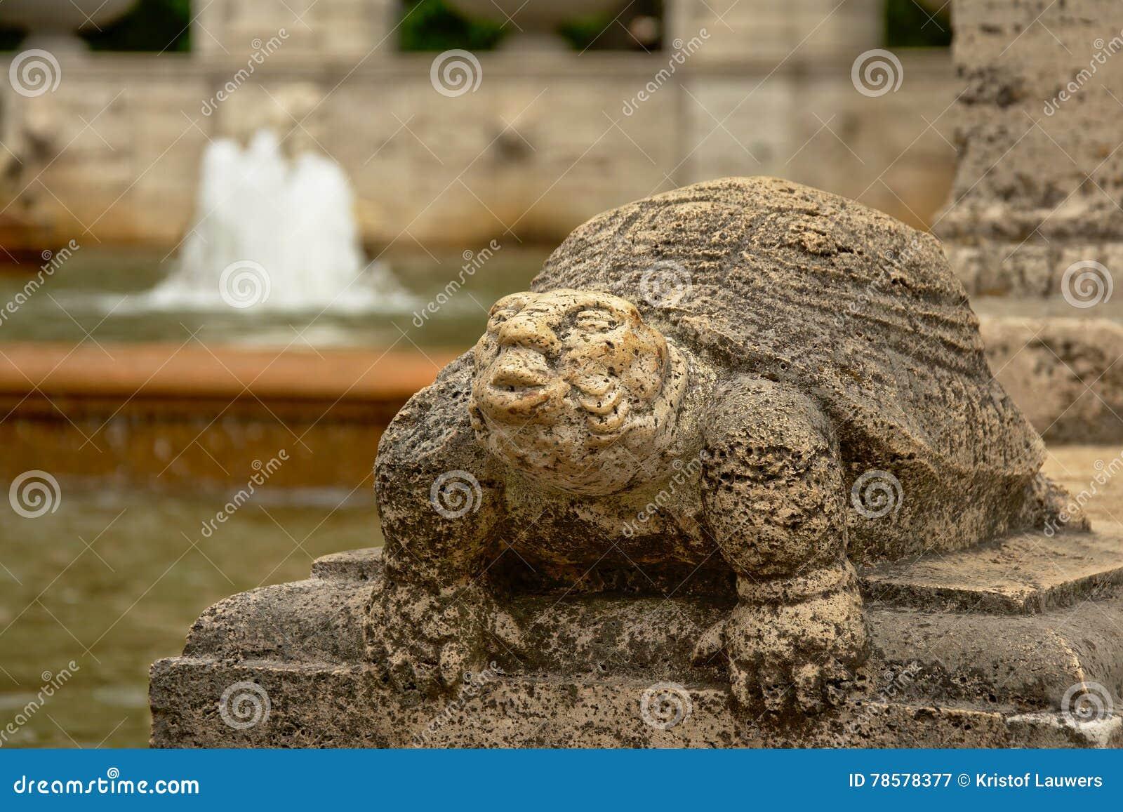 Skulptur Der Schildkröte Detail Des Brunnens Von Märchen In
