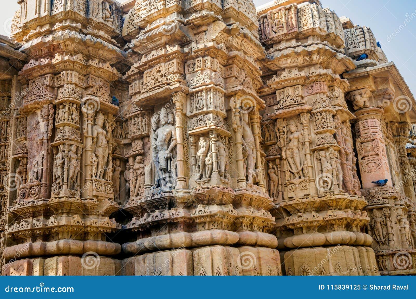 Skulpturen Auf Ausserer Wand Von Tempel Modhera Sun Stockbild Bild Von Skulpturen Wand 115839125