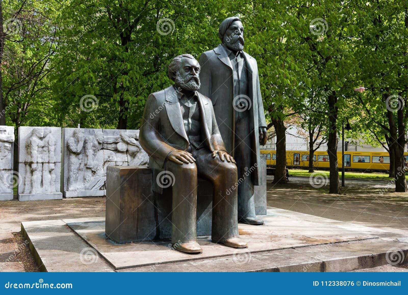 Skulpturer i Berlin