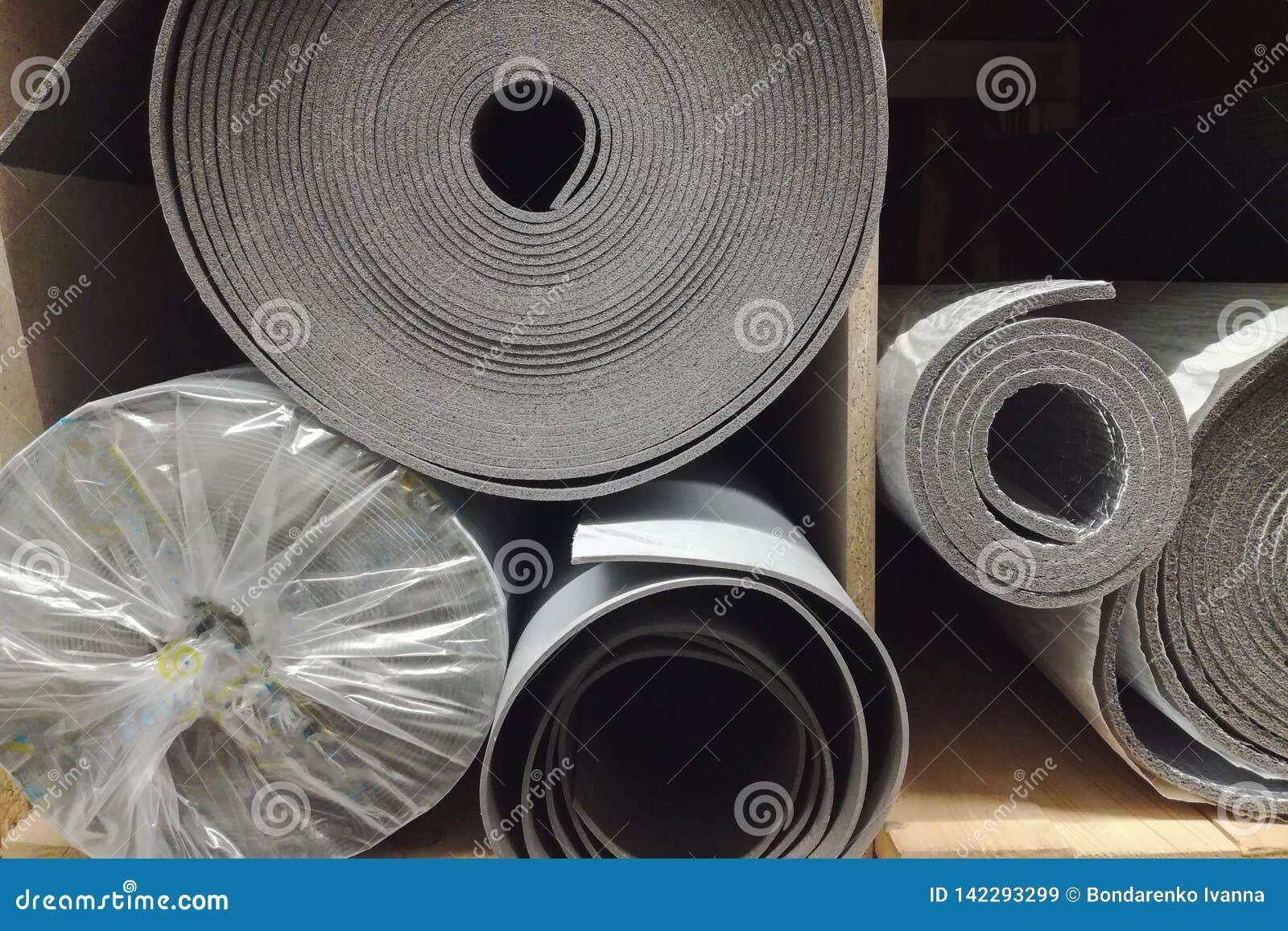 Skum för polyetylenisoleringsisolering med aluminiumfolie i rullar i lager