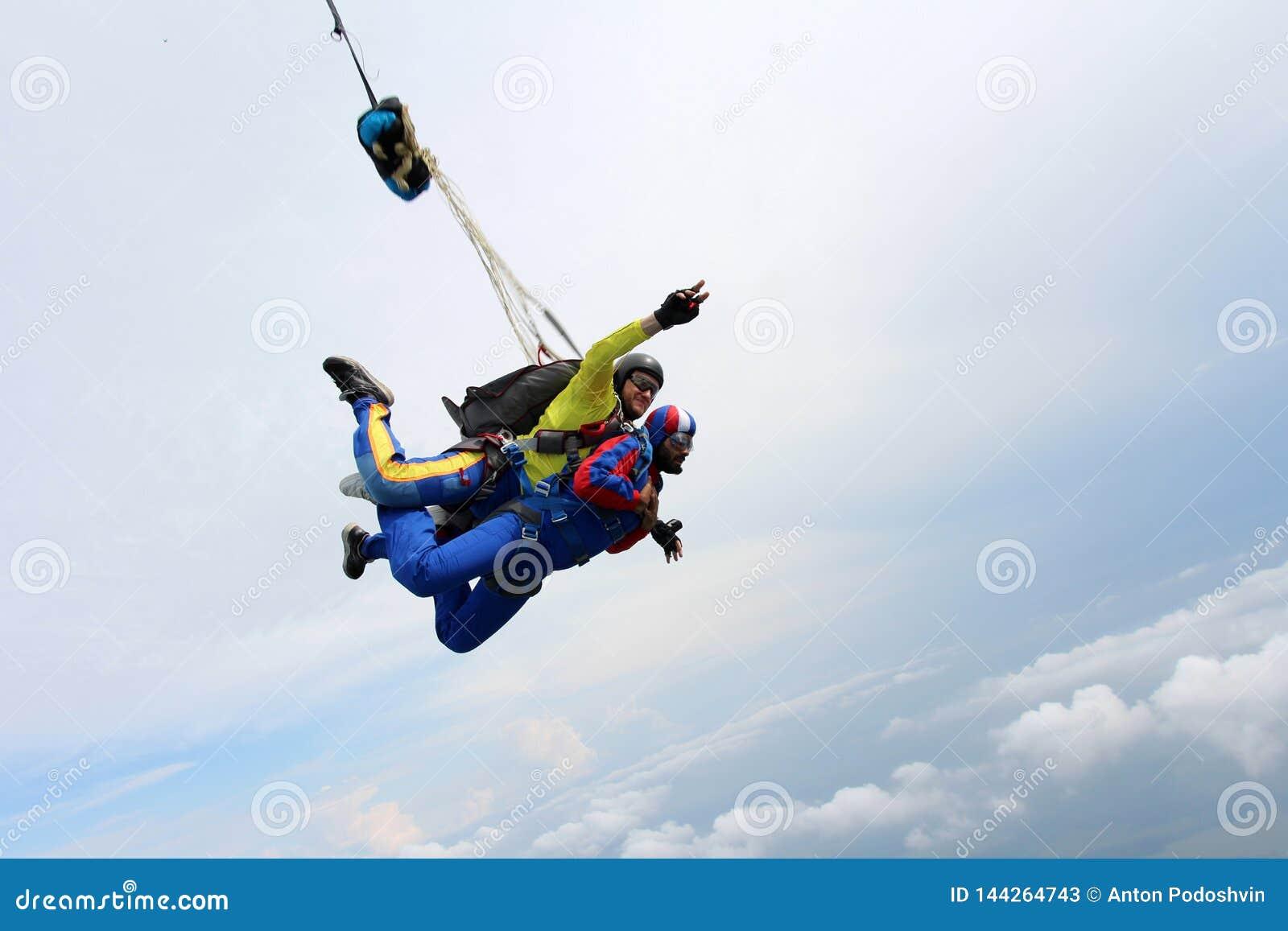 Skydiving Saut tandem Instructeur et passager indien
