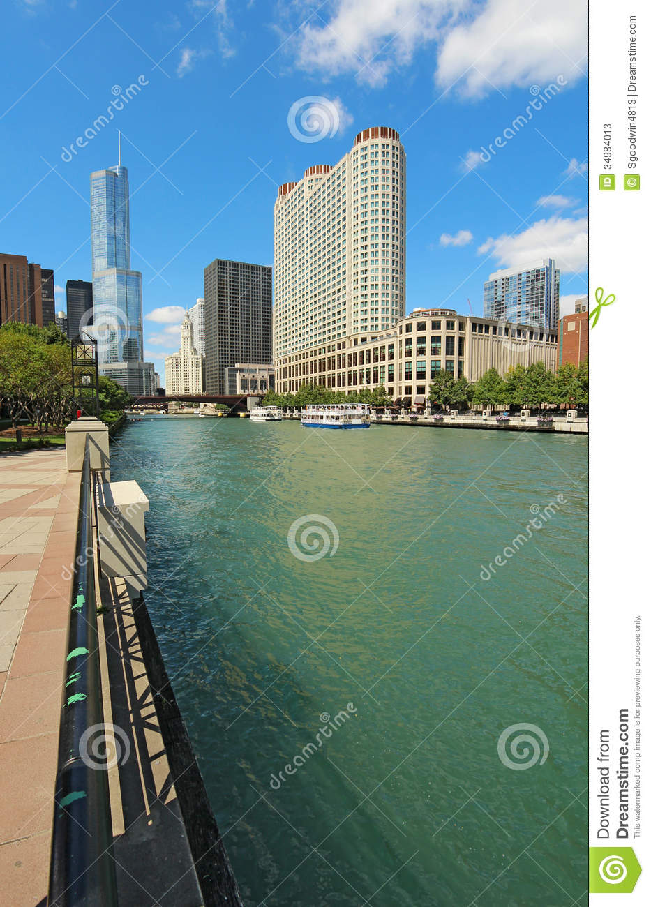 Skyline Of Chicago Illinois Along The Chicago River