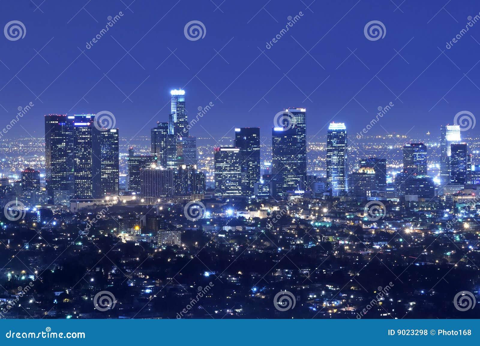 Skyline da cidade de Los Angeles na noite