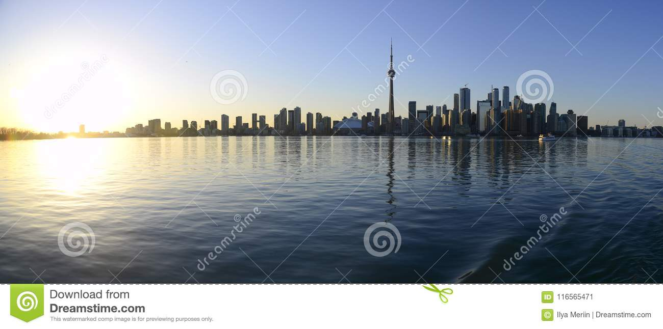 Skyline da cidade de Toronto no por do sol
