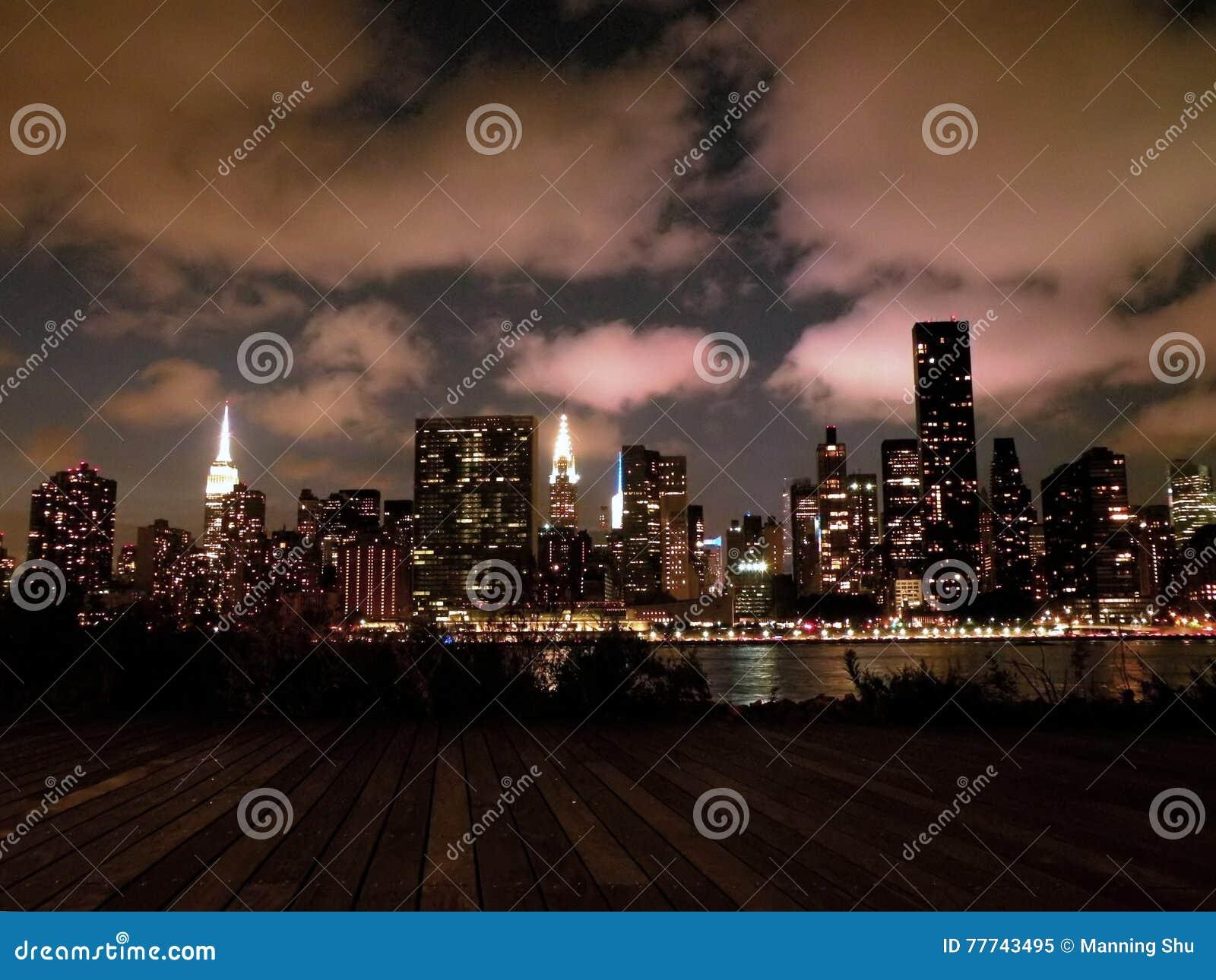 Skyline de Manhattan New York na noite
