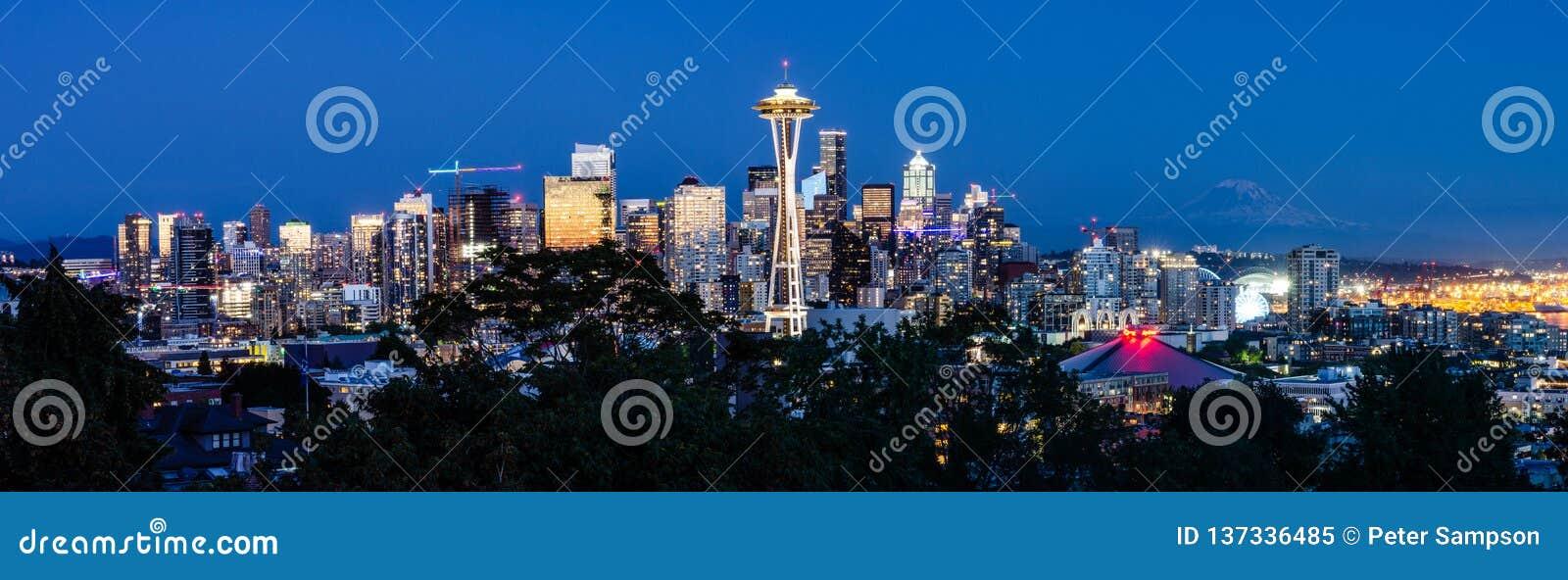 Skyline de Seattle na noite