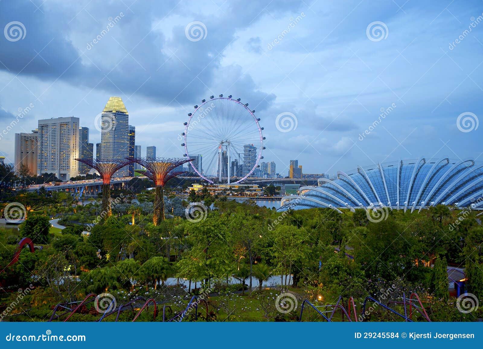 Download Skyline de Singapore foto de stock. Imagem de singapore - 29245584