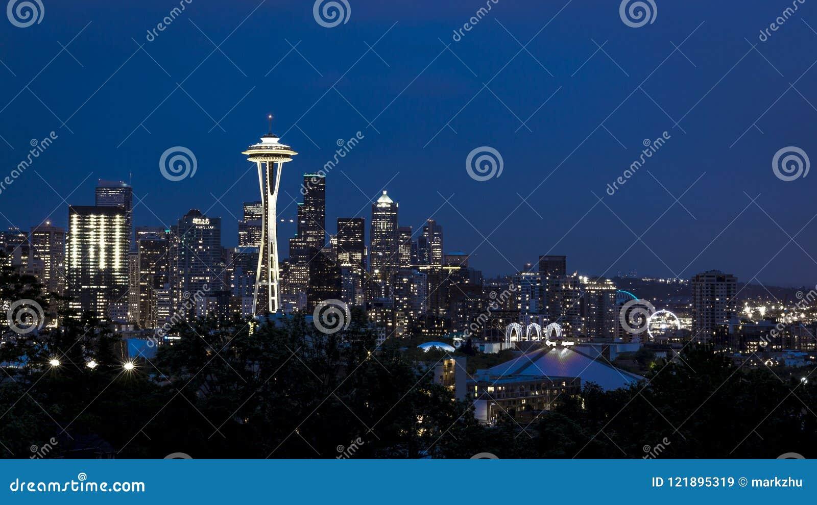 Skyline von im Stadtzentrum gelegenem Seattle