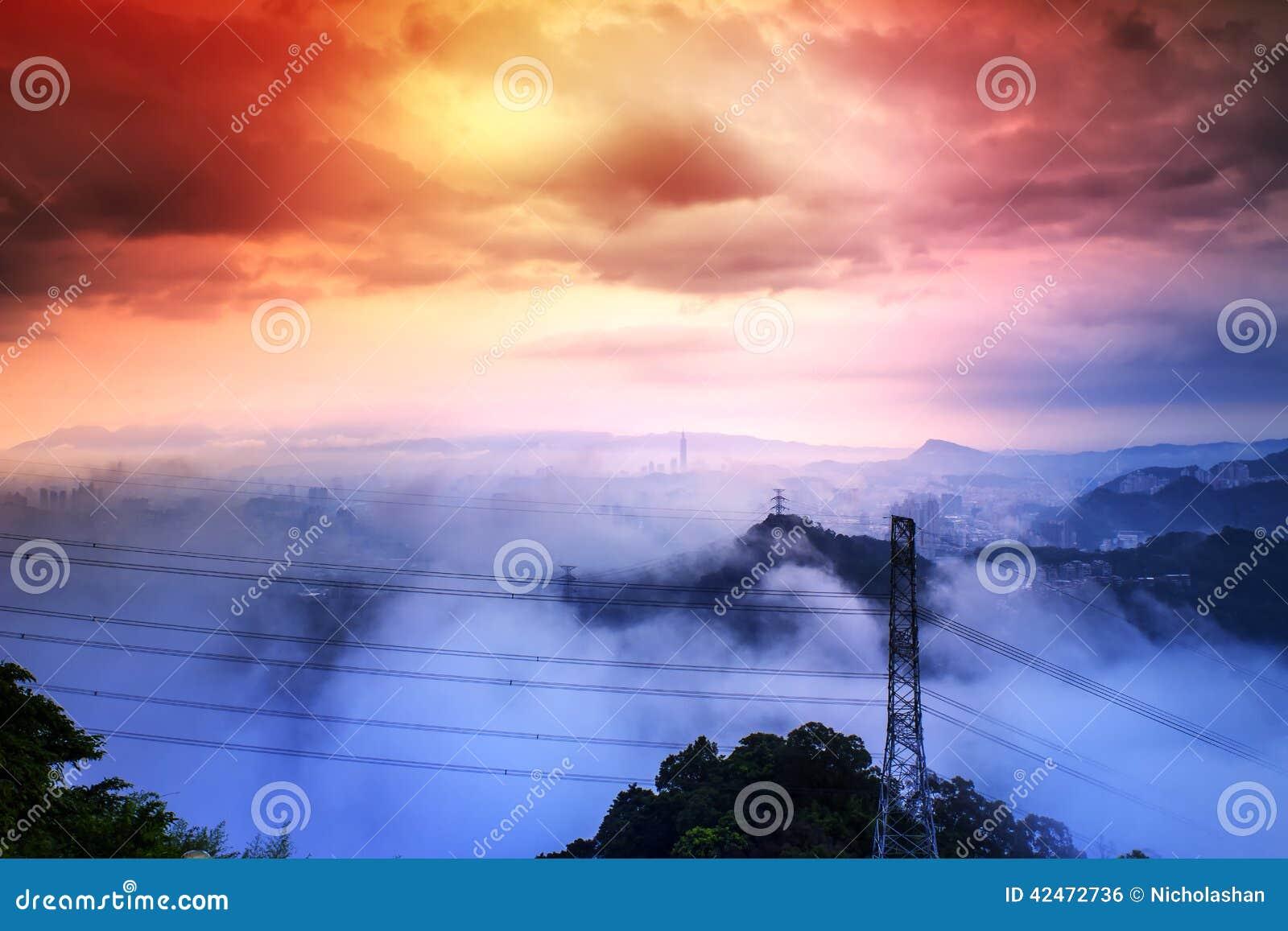 Skyline von Xinyi-Bezirk in im Stadtzentrum gelegenem Taipeh, Taiwan