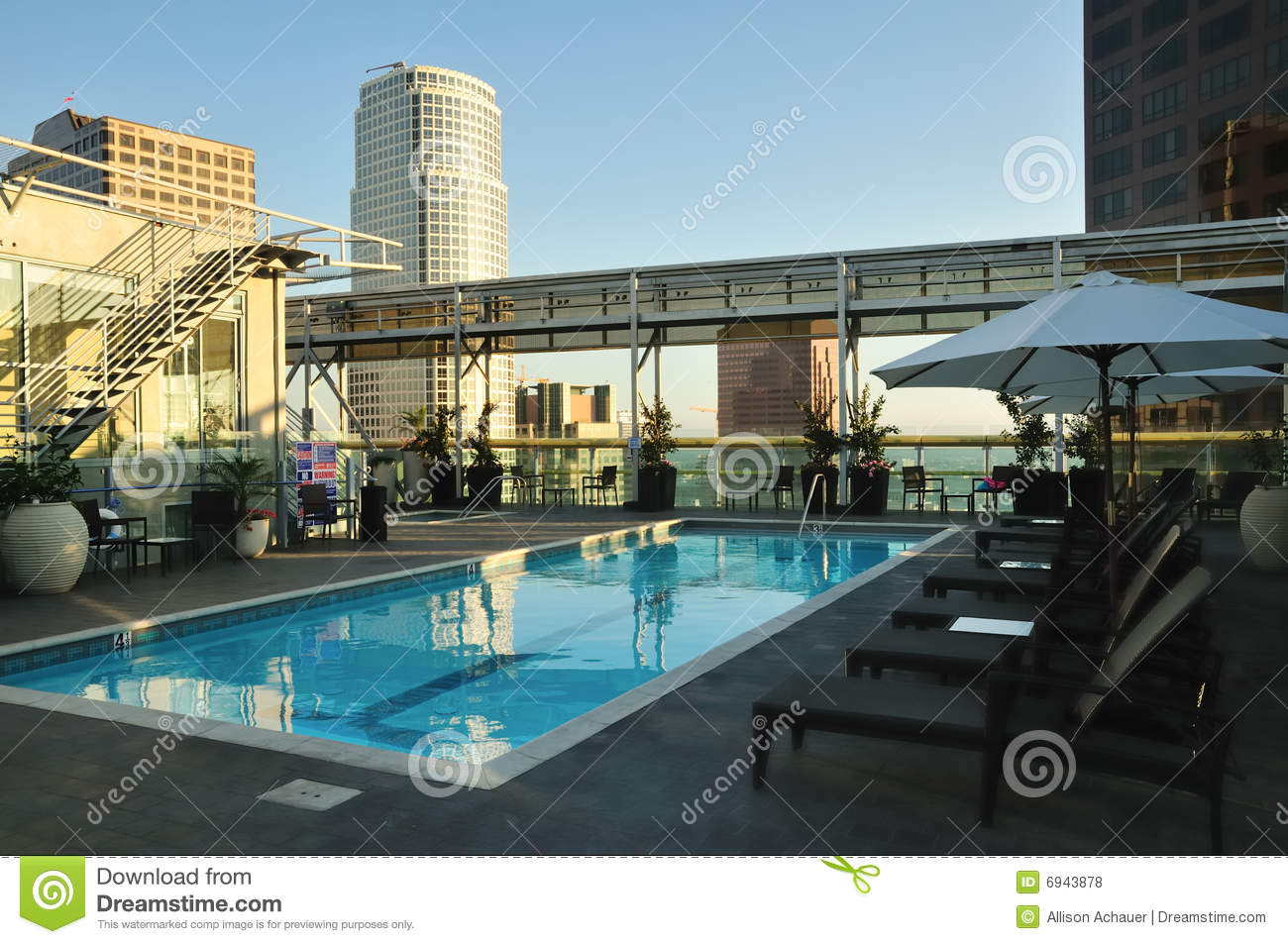 Skyscraper and pool royalty free stock photos image 6943878 - Swimming pool on top of skyscraper ...