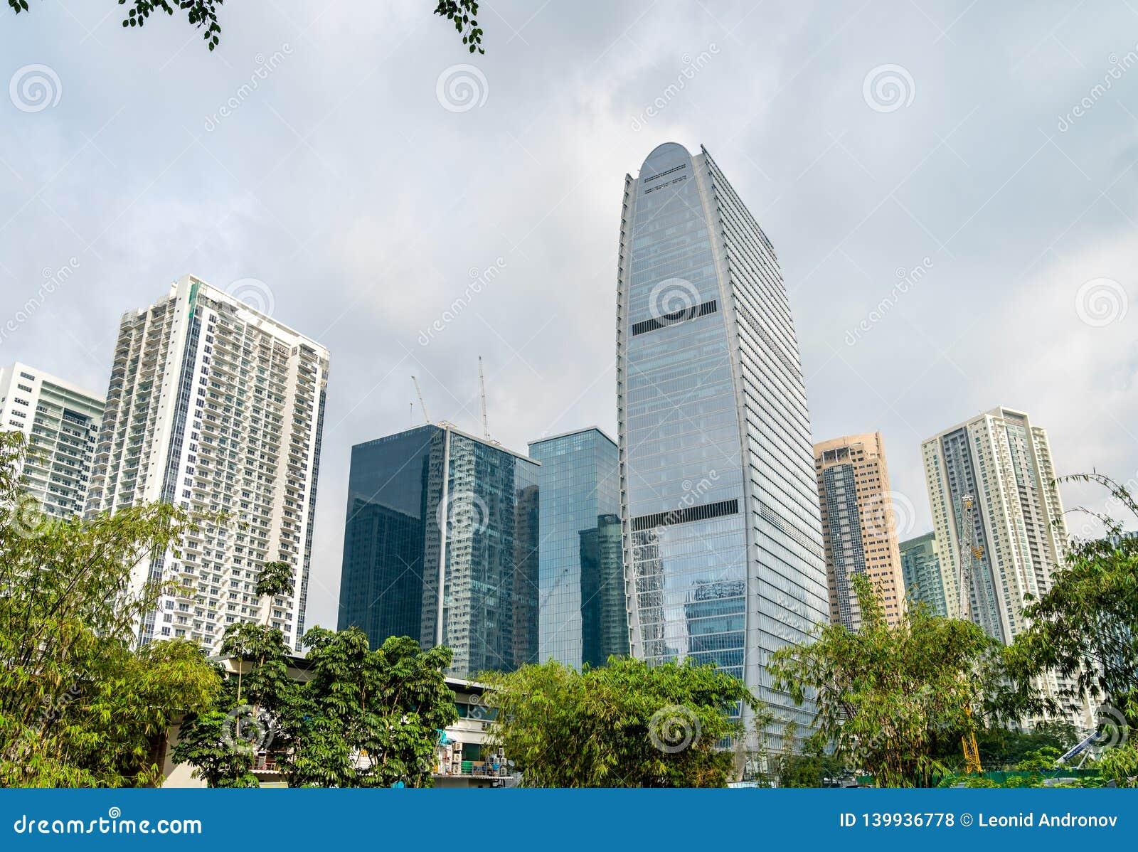 Skyskrapor på Bonifacio Global City - Manila, Filippinerna