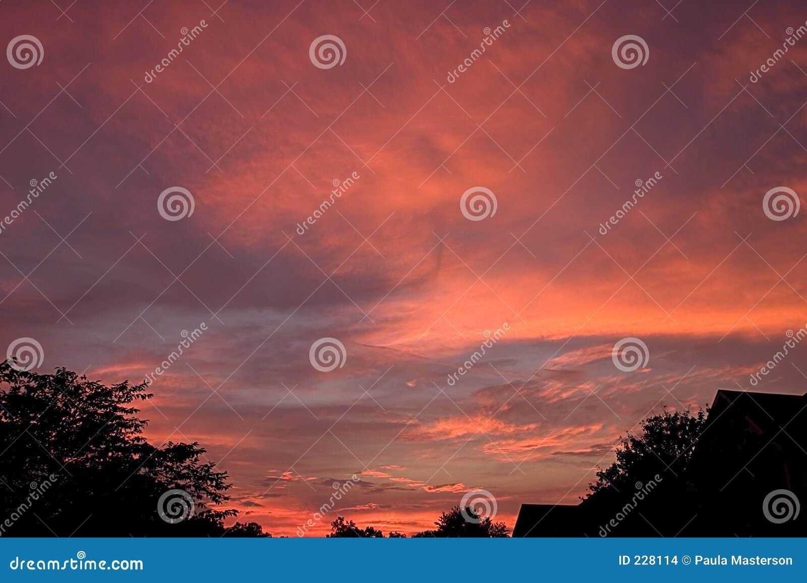 Skysolnedgång