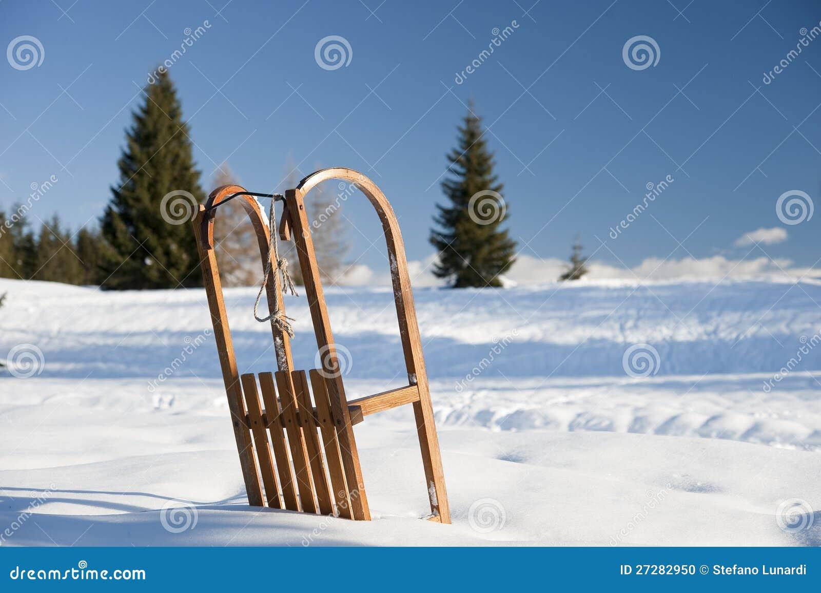 Släde på snön