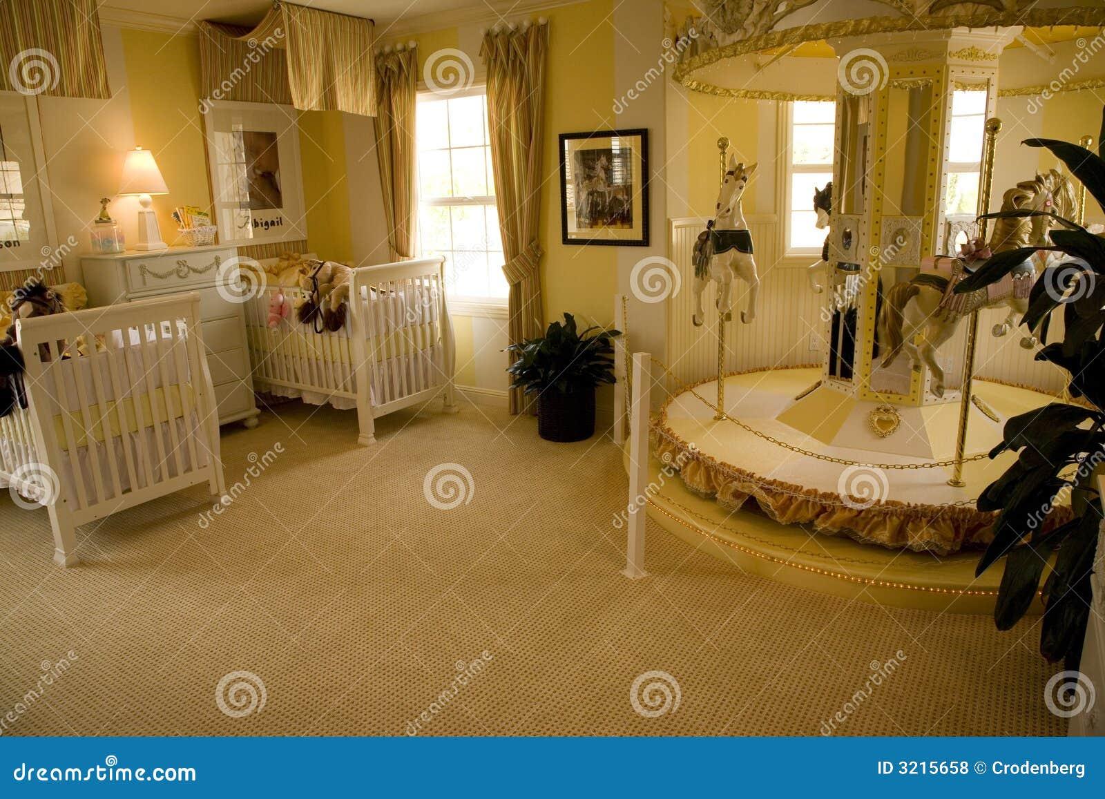 Slaapkamer baby: slaapkamer delen met baby model en downsyndroom.