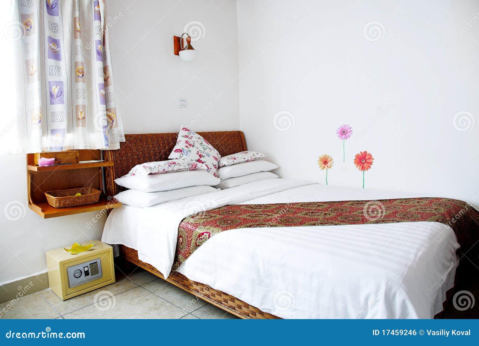 Slaapkamer royalty vrije stock afbeelding afbeelding 17459246 - Beeld decoratie slaapkamer ...