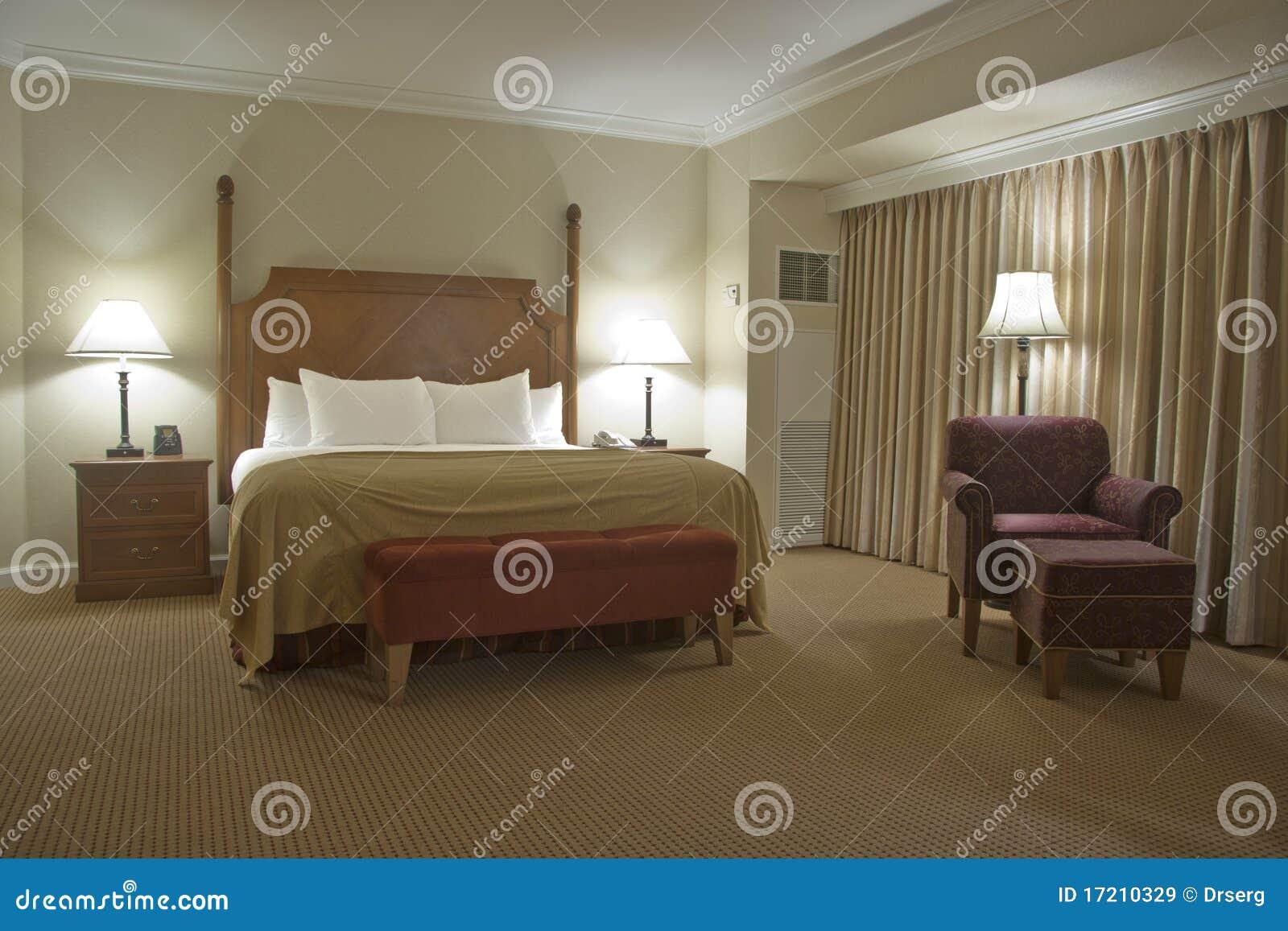 Slaapkamer met gordijn royalty vrije stock afbeeldingen afbeelding 17210329 - Slaapkamer gordijn babymeisje ...