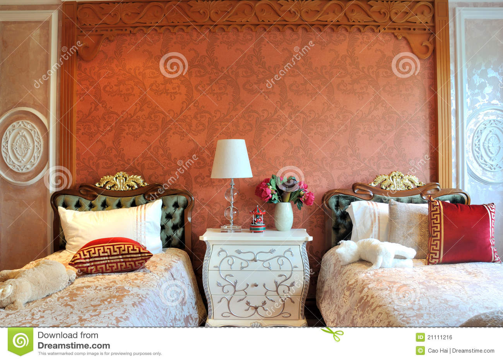 Slaapkamer met klein bed twee voor jonge geitjes stock foto afbeelding 21111216 - Decoratie voor slaapkamer ...