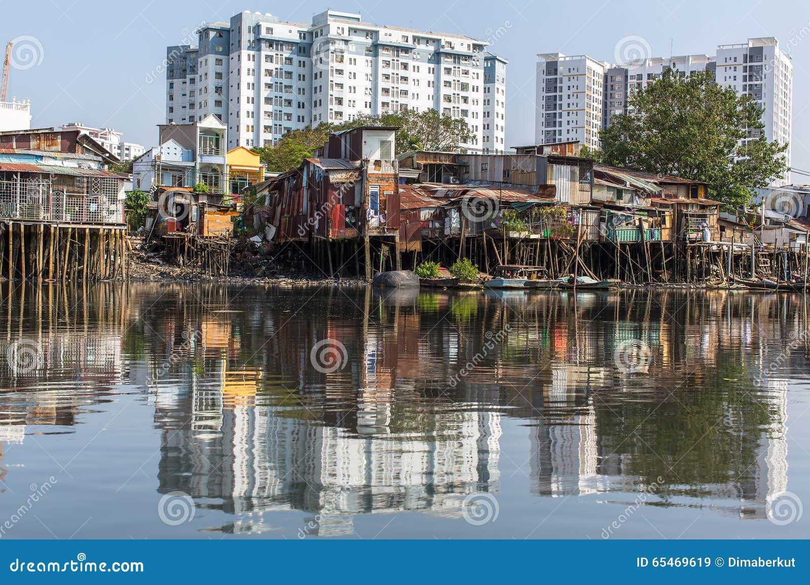 Slamsy w Ho Chi Minh mieście