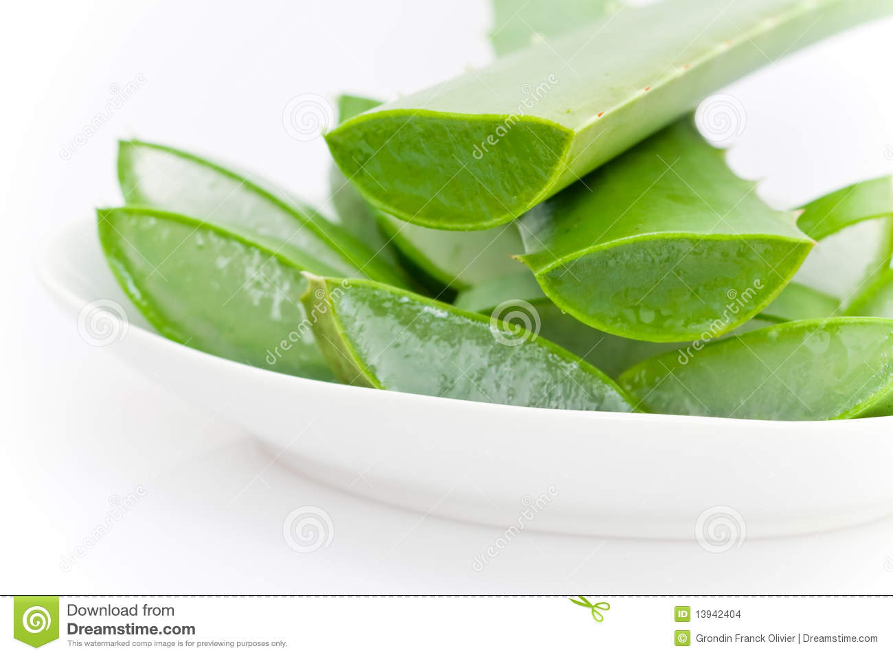 sliced aloe vera plant stock images image 13942404. Black Bedroom Furniture Sets. Home Design Ideas