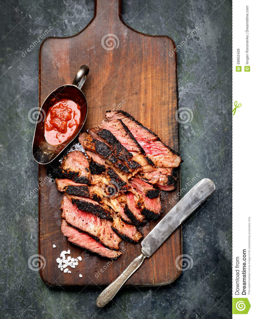how to hold a fork when cutting meat