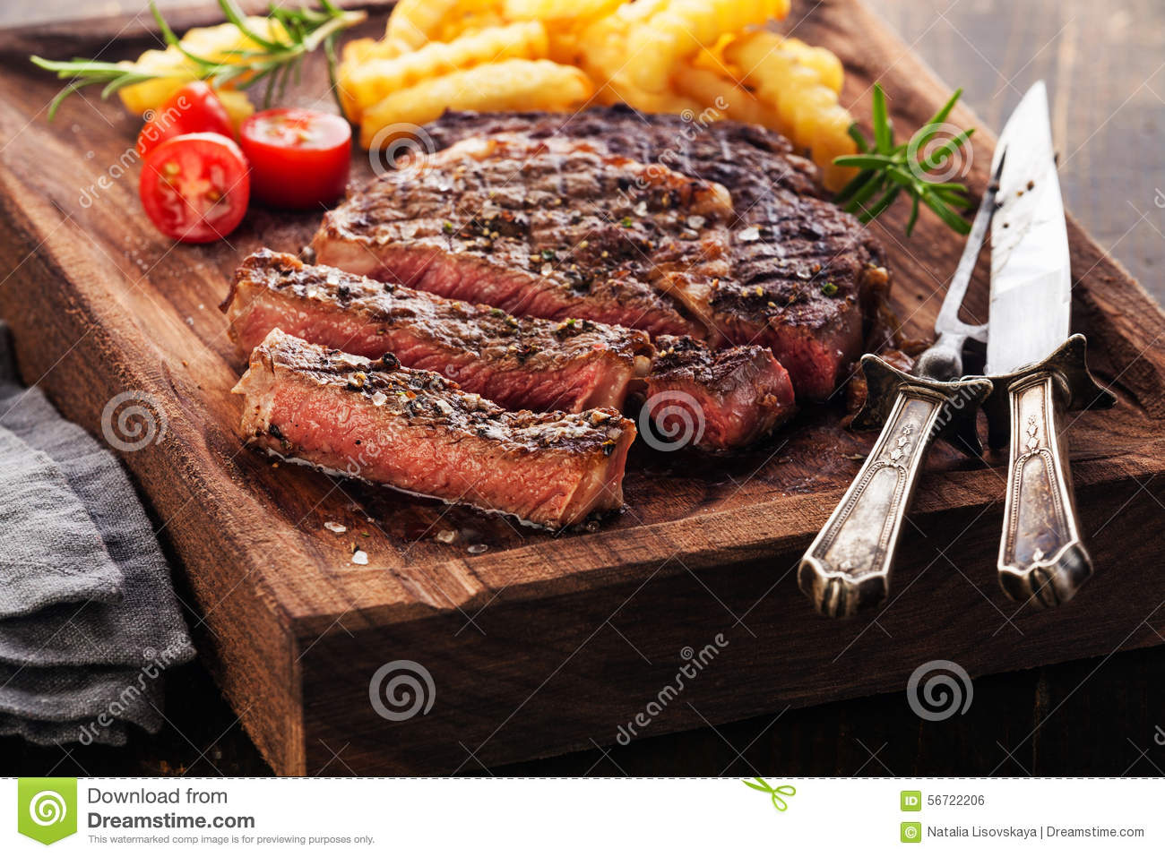 how to cook a medium rare steak on the grill