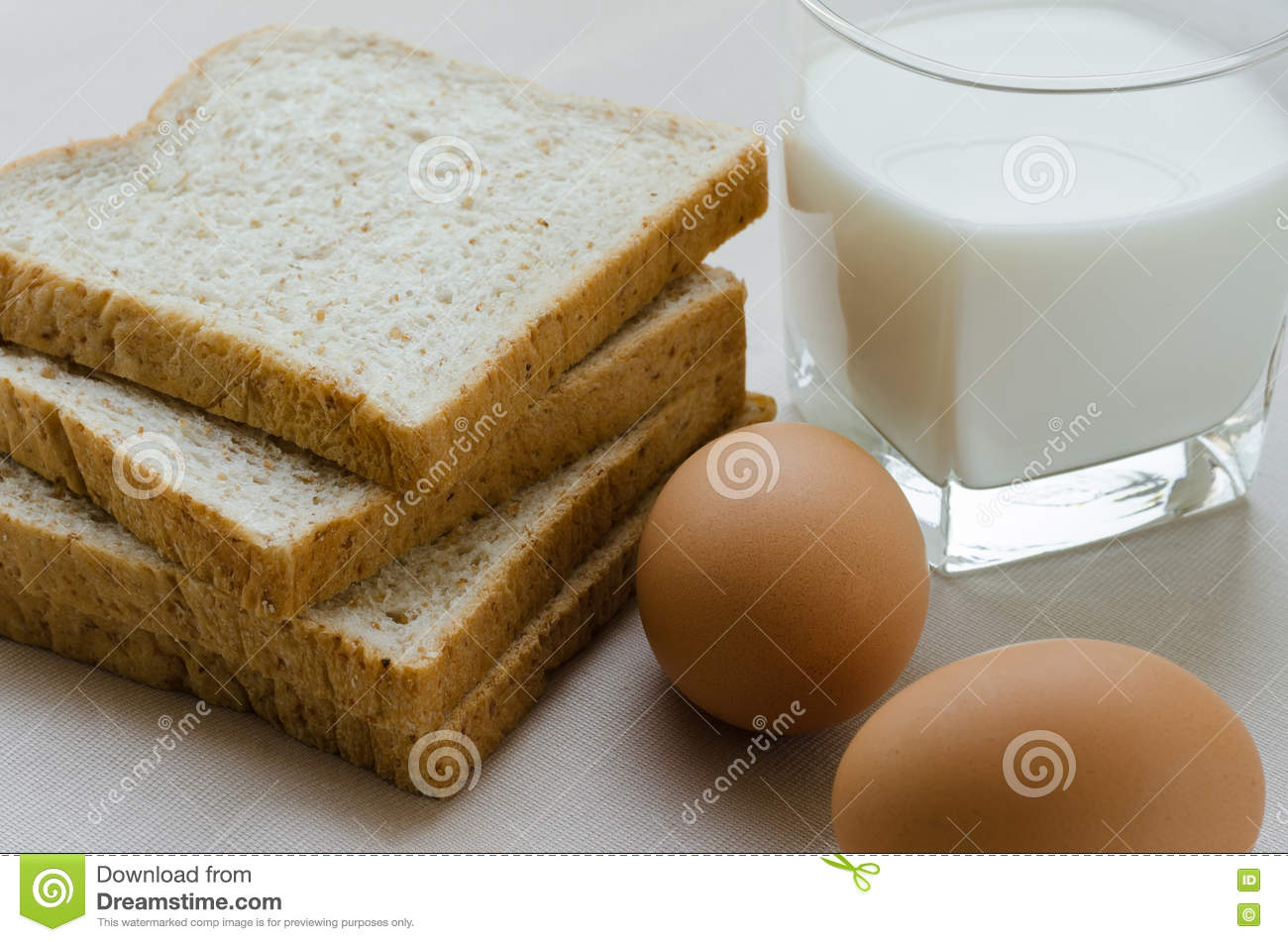 Bread in an egg with milk: a recipe with photos 29