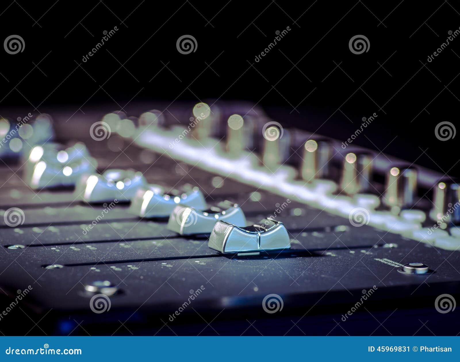 Slideres do estúdio do som da música da gravação