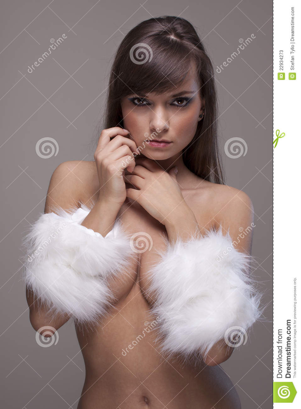 Women in fur nude delirium absolutely