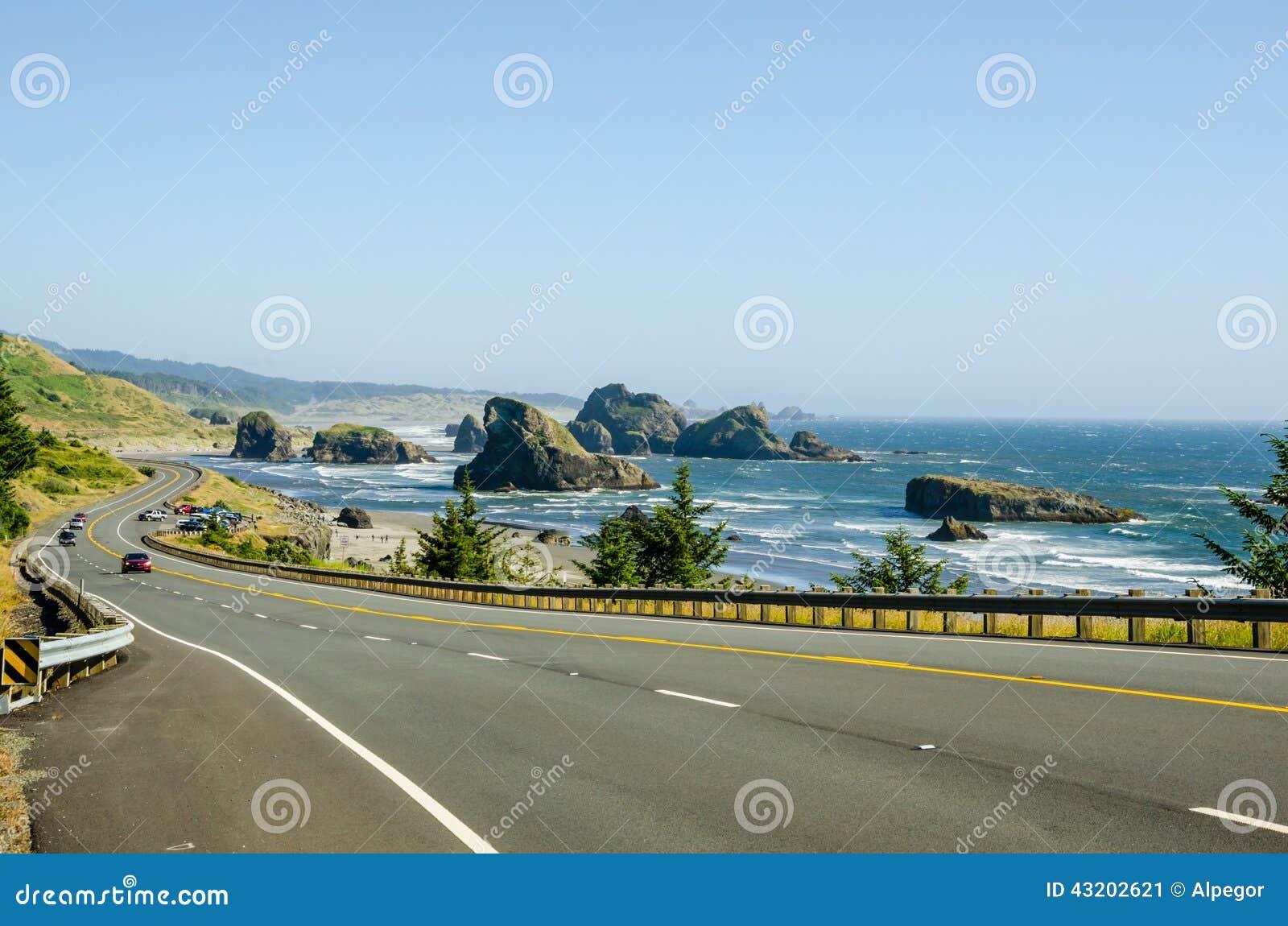 Download Slingrig väg fotografering för bildbyråer. Bild av destination - 43202621