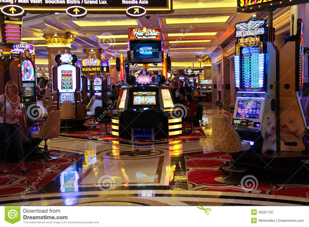 ... Shopper: Mad King Slots Machines - FREE Las Vegas Casino Games (Games
