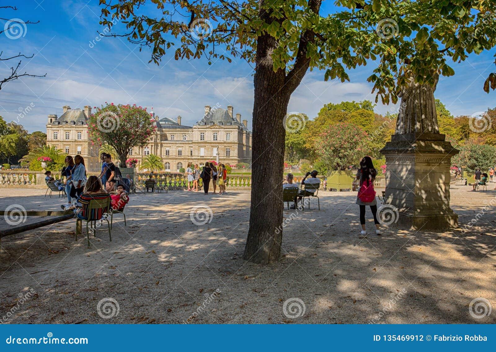 Slott av Luxembourg trädgårdar, Paris, Frankrike