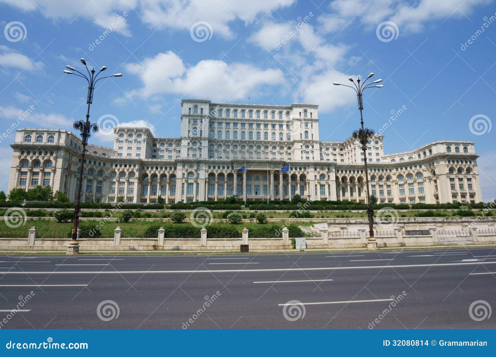slott av parlamentet - bucharest arkivfoto - bild av gammalt, folk
