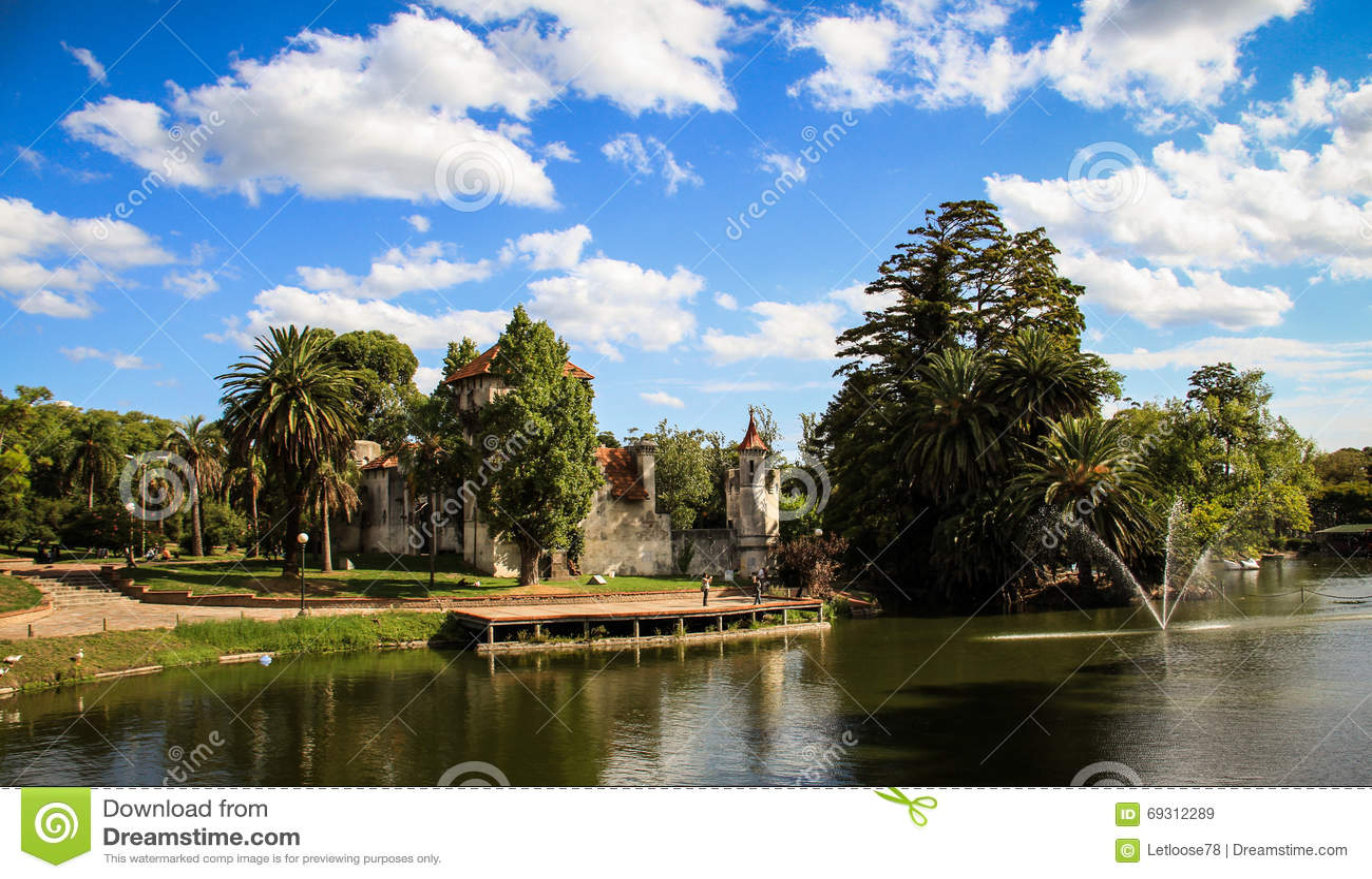 Slotten och sjön av Rodoen parkerar, Montevideo, Uruguay