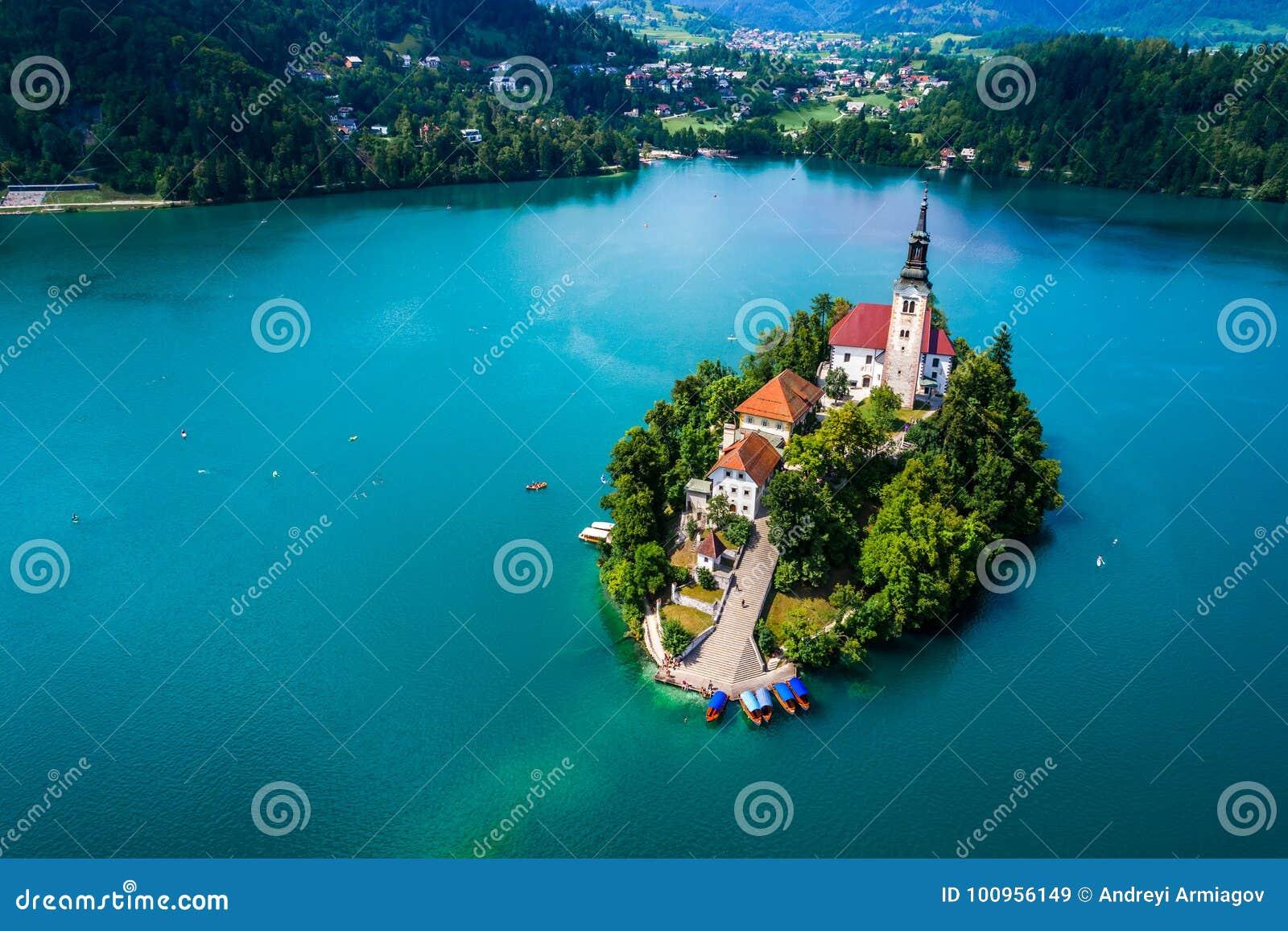 Slovenia - kurortu jezioro Krwawiący