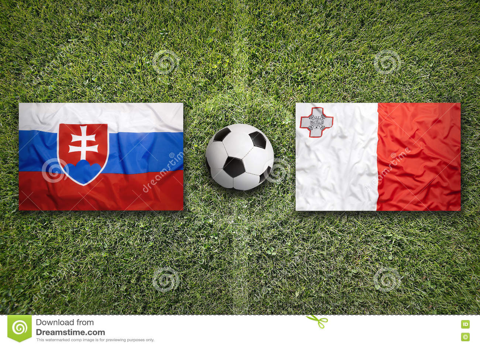 Slowakije versus De vlaggen van Malta op voetbalgebied