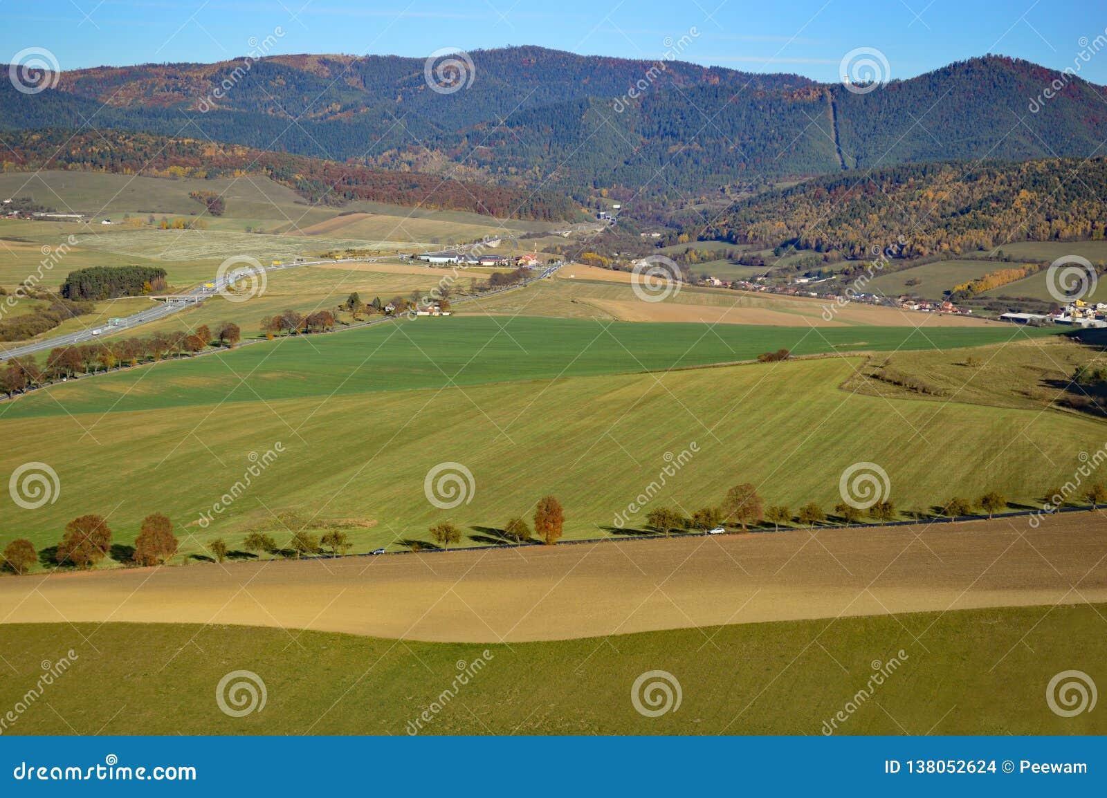 Slowakische Landschaft in der Presov-Region