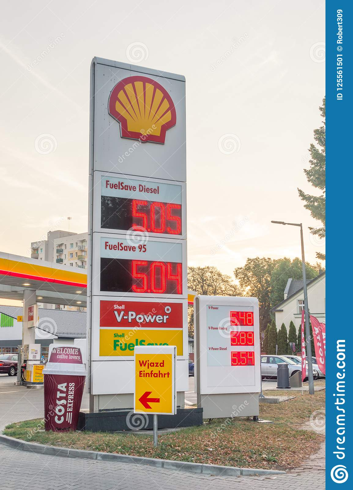 Price is per liter in Polish Zloty at Shell gas station in the morning.