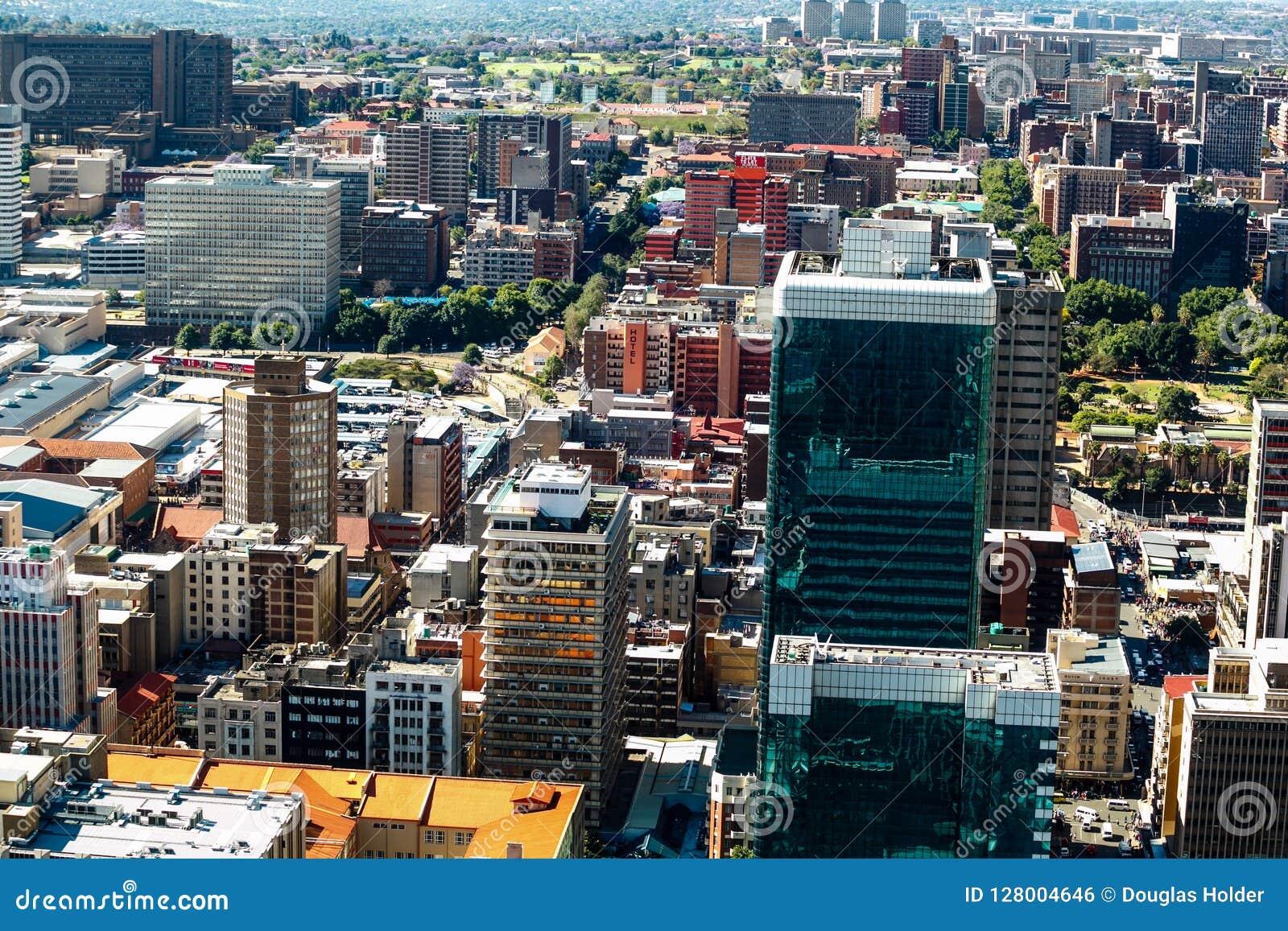 Sluit omhoog detail van wolkenkrabbers in Johannesburg van de binnenstad