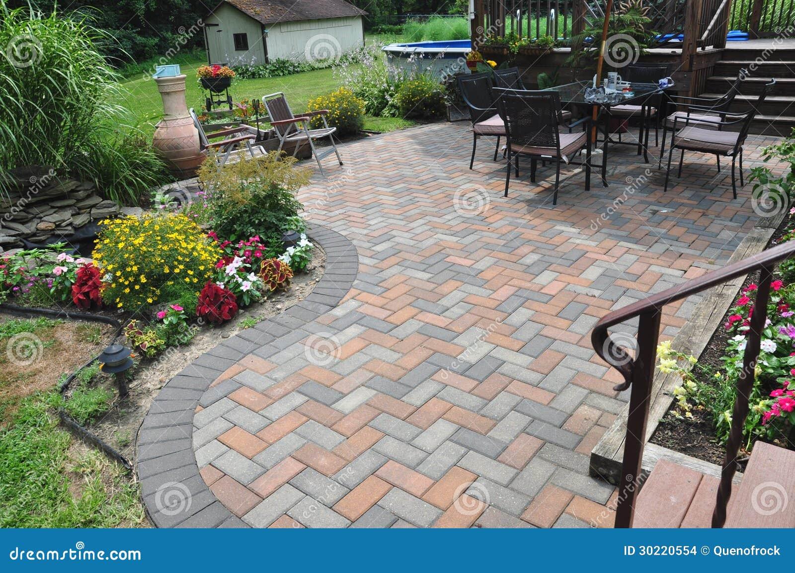 Van het terras het ontwerp en van de tuin bloemen stock afbeeldingen afbeelding 30220554 - Model van het terras ...