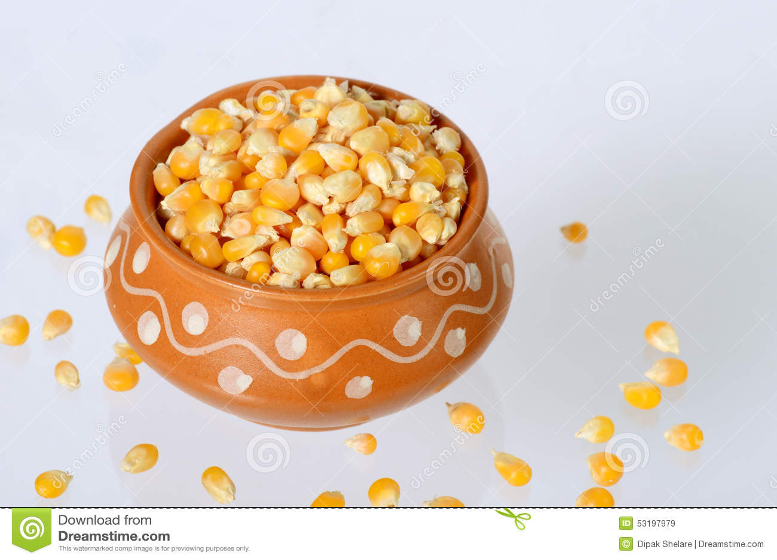 Sluit omhoog van Droog graan in kleipot
