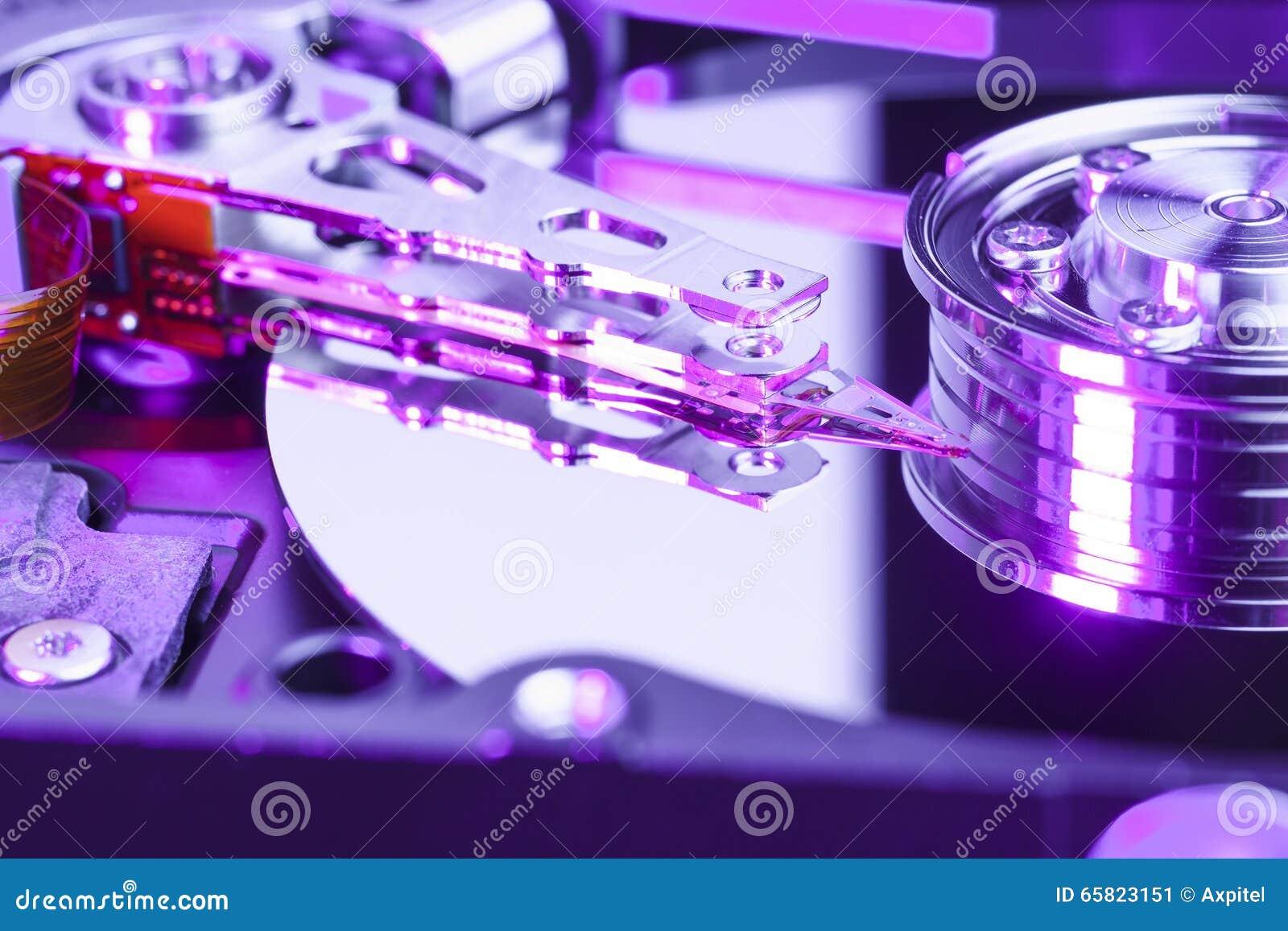 Sluit omhoog van een aandrijving van de computerharde schijf