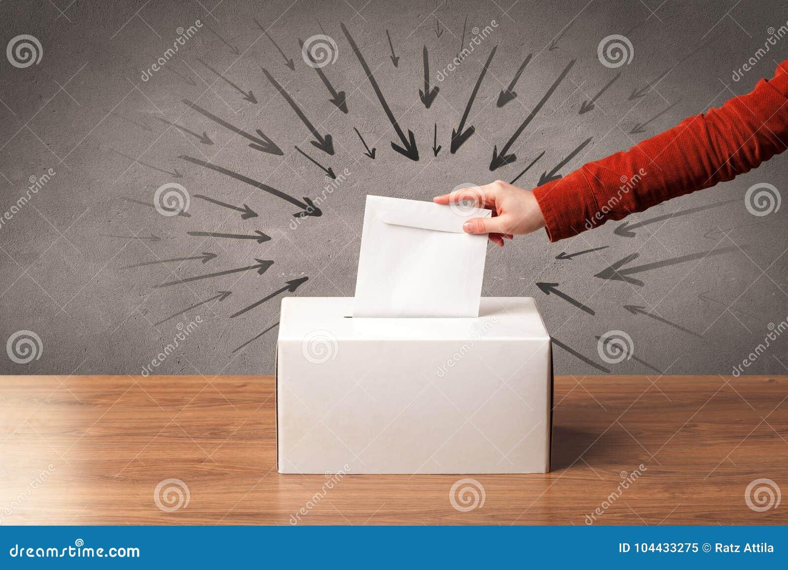 Sluit omhoog van een stembus en een beslissende stem