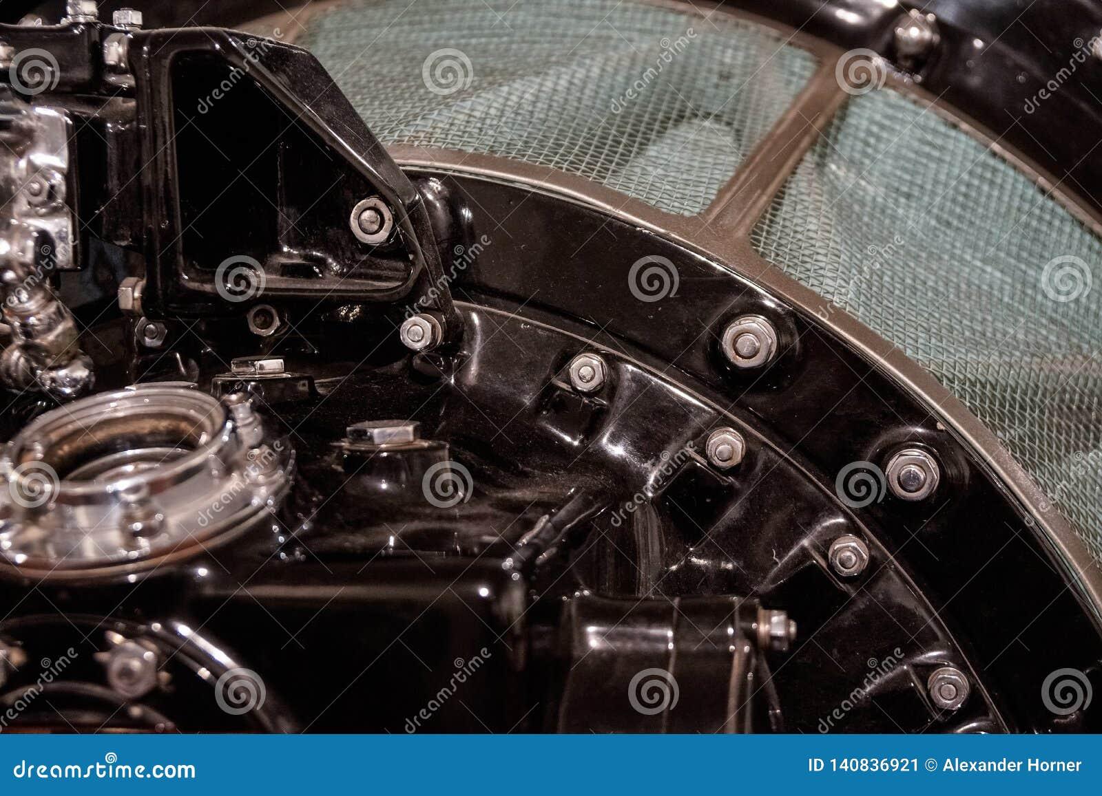 Sluit omhoog van oude motorcompressor