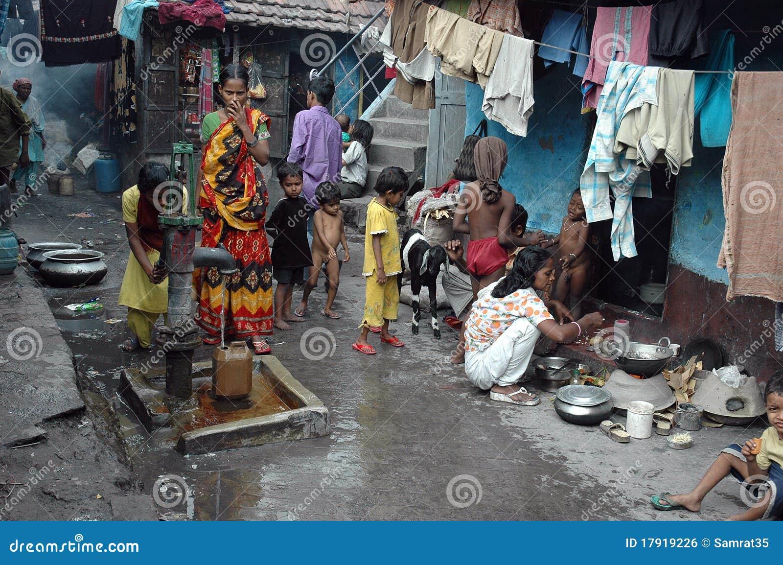 Slum Dwellers Of Kolkata-India Editorial Photo - Image ...