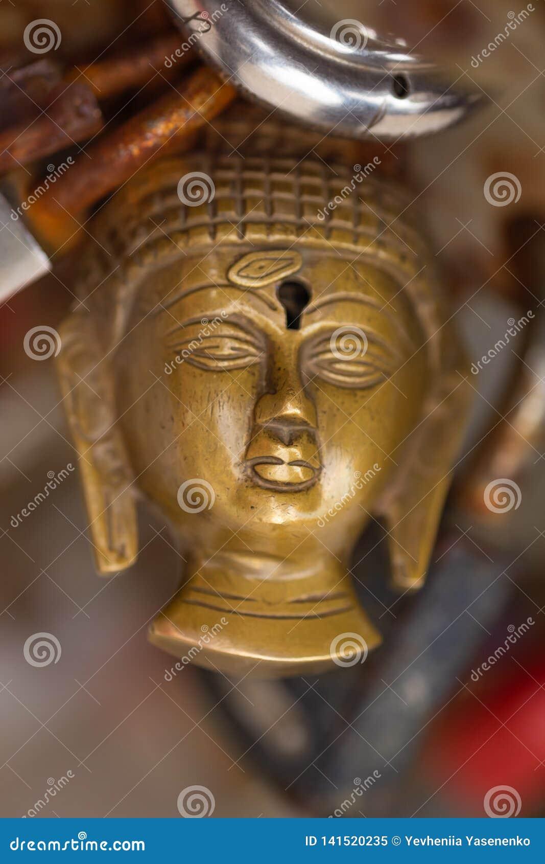 Slut för Buddhahuvudhänglås upp