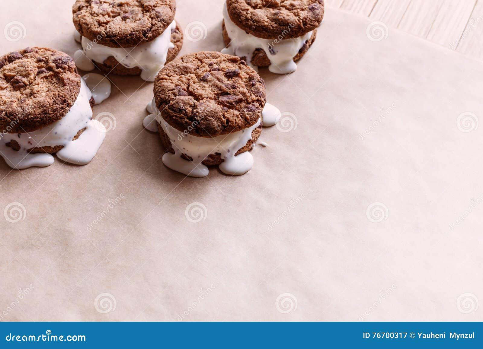 Smältande glasssmörgåsar