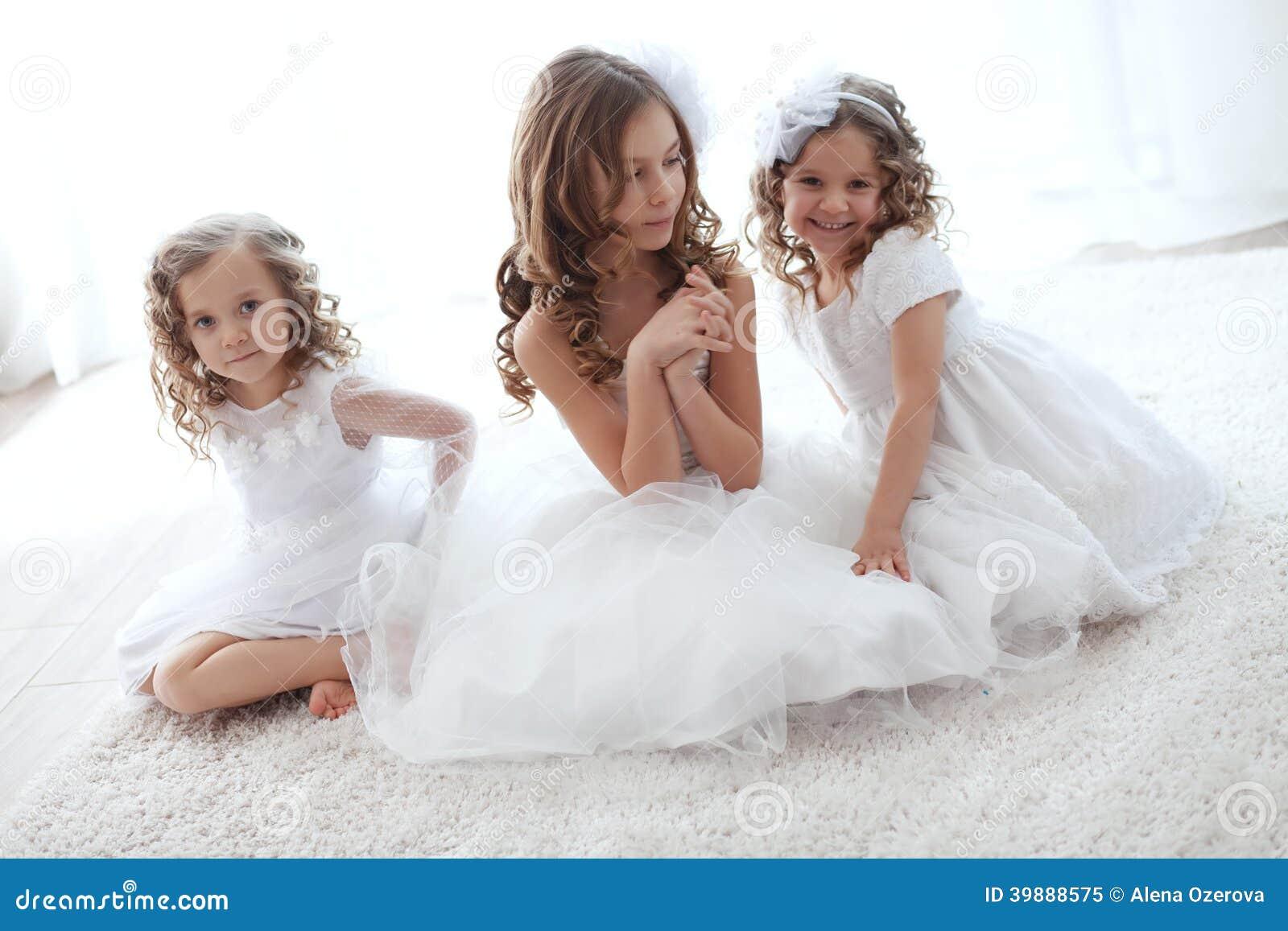 Små flickor